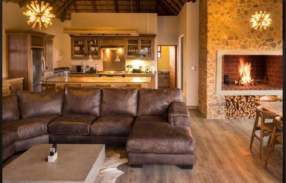 Ditholo 59 Kudu Lodge 26.JPG