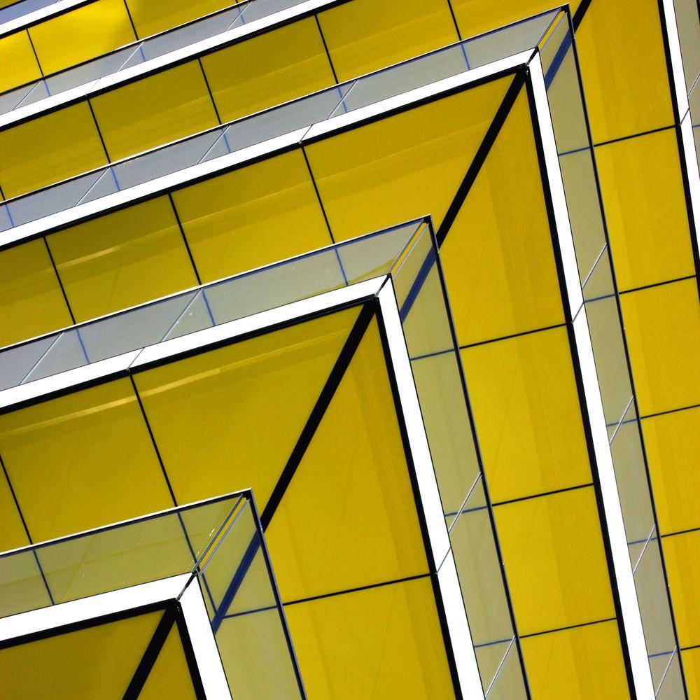 een architect kan zich op grond van zijn auteursrecht verzetten tegen de publicatie van een foto van een door hem ontworpen gebouw