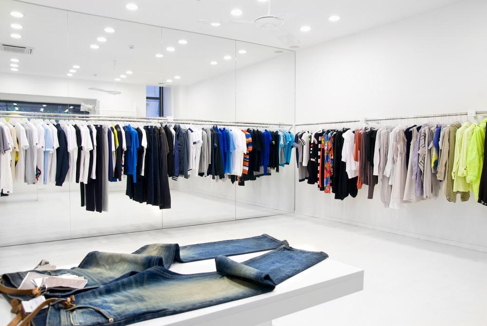 Door namaakgoederen zou de belgische kledijsector maar liefst 15% inboeten aan verkoopcijfers