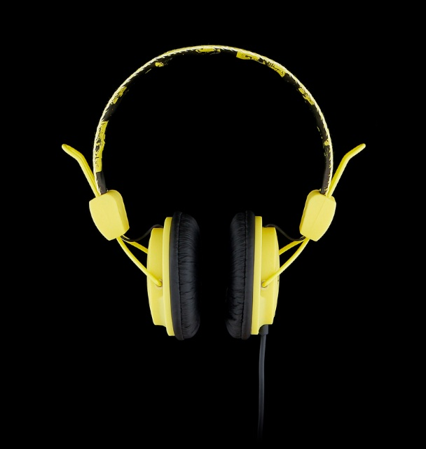 YellowHeadphones_01.jpg