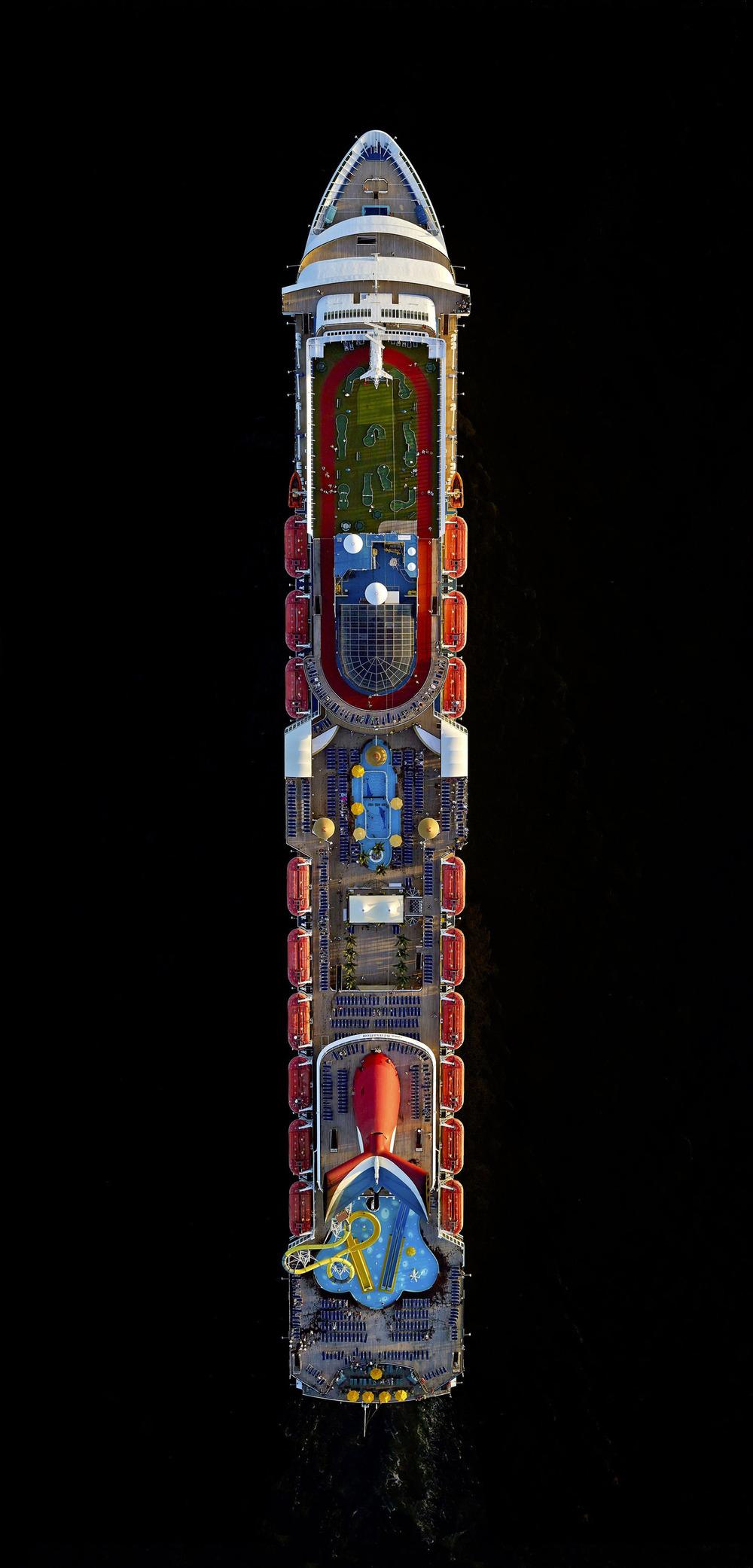 Cruise-ships-1.jpg