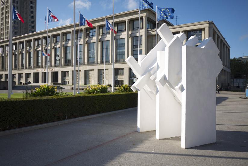 Vue de l'installation \ installation view. Les bruits du dehors, 4e Biennale d'art contemporain, Le Havre, France, 2012
