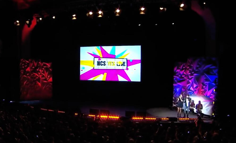stage web.jpg