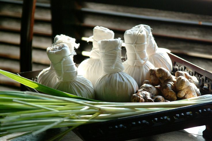 thai-compress-lemongrass-plate.jpg