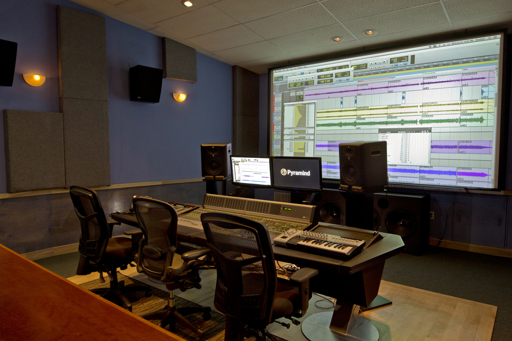 • 300′ live tracking room     • 500' control room with producers desk designed to comfortably accommodate as many    • 22′ Projection Screen     • Bob Hodas tuned Meyer 5.1 and 7.1  Surround Sound system