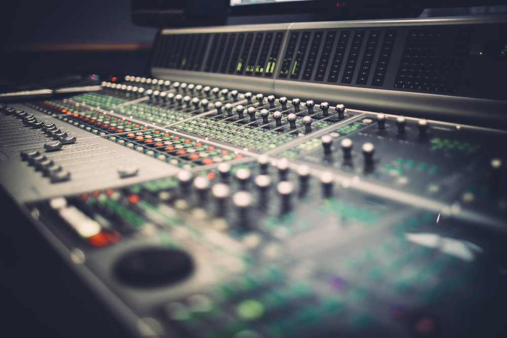 Mixing & Mastering Music - Console