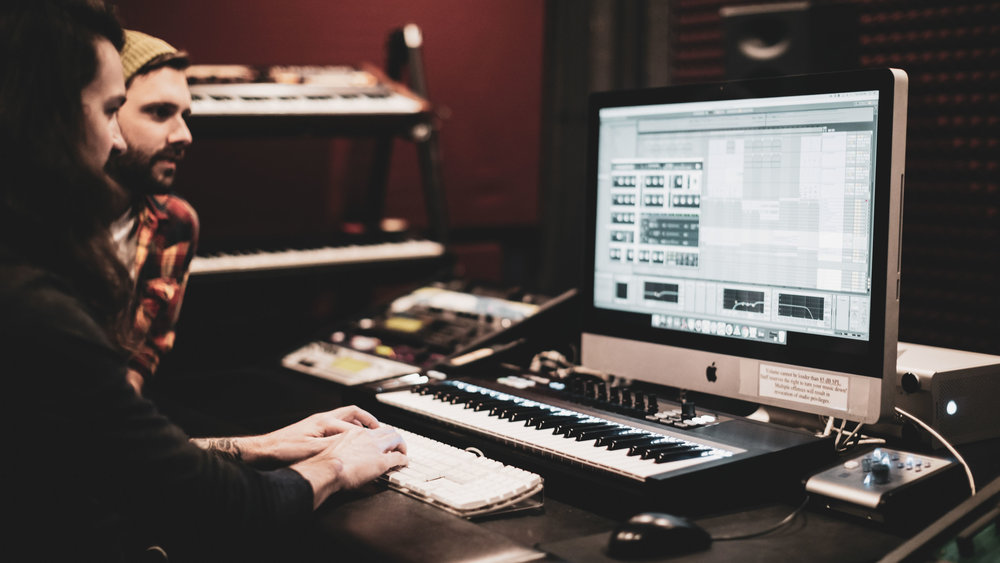 Expert Music Training - Today's tools allow for amazing music production - but if it were just about the tools, everyone's music would be amazing. With the Electronic Music Producer program, you'll evolve your sound to the highest levels - your composition, rhythm, sound design, arranging and of course, mixing will get you noticed - by fans and labels alike.