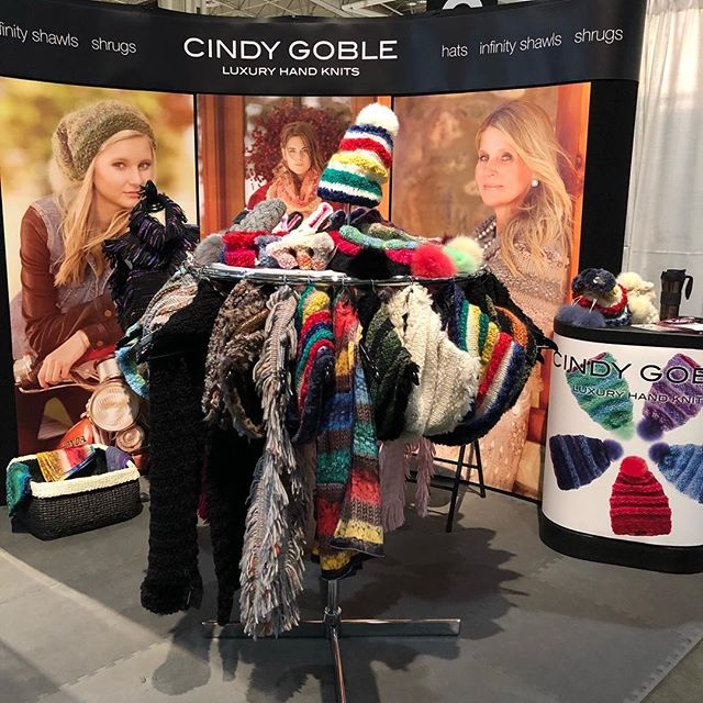 It's that time of year again. The Christmas One of a Kind Show! Stop by my booth P26. I'm here till Sunday.