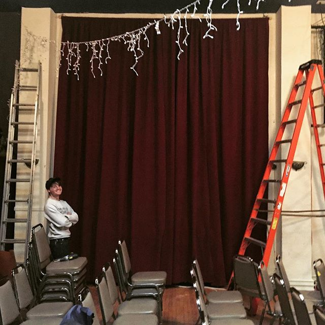 @martyblackeye helping get the curtains up! We are classing up the joint! Curtains by @tornandtrue