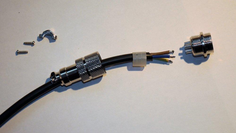T-MAX Verlängerungskabel Kupplung-Stecker 03.JPG
