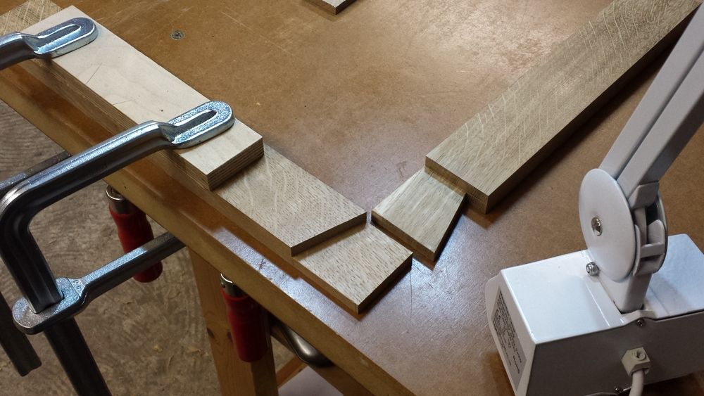 Lapped dovetail joint in an oak frame