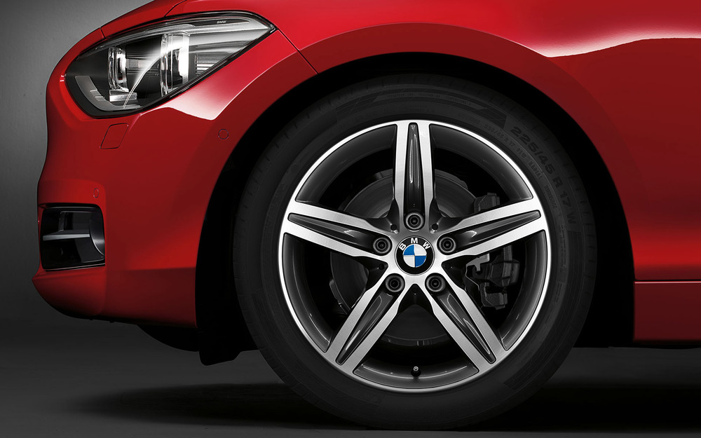 BMW_1series_wallpaper_13_1920_1200.jpg.resource.1375783654763.jpg