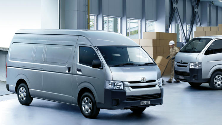 15gpv-hiace-gallery-view-the-slwb-and-lwb-749x422.jpg