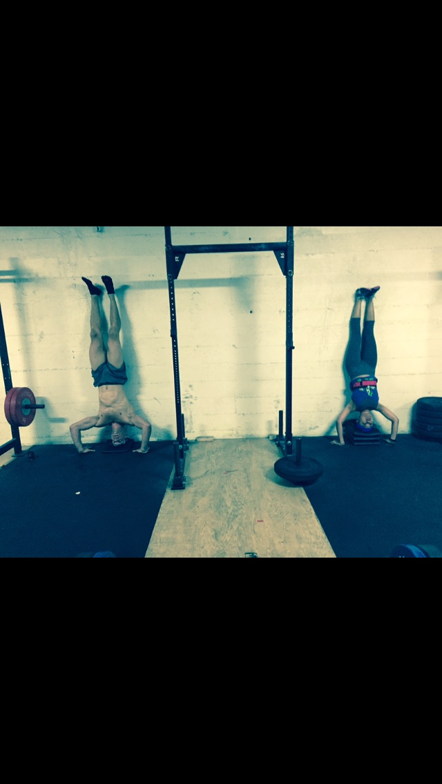 Late night post but athletes of the night go to Annie & Donald who were synchronized on their handstand push-ups!