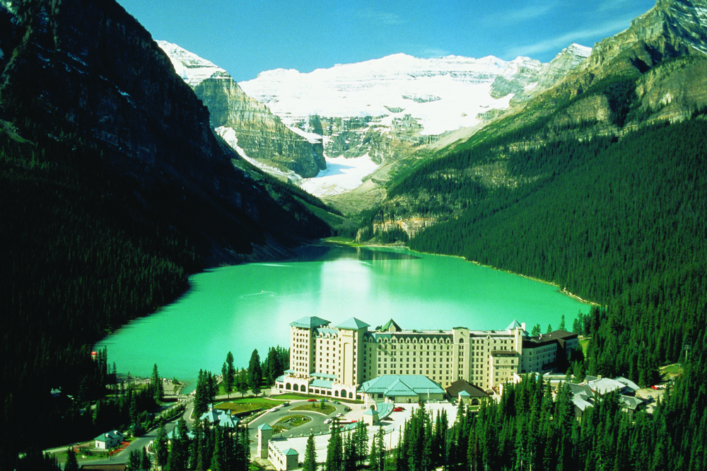 Photo Credit: Banff Lake Louise Tourism / Fairmont Hotels & Resorts