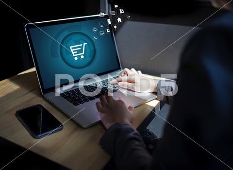 eCOMMERCE - Integrate inventory, accounting, and customer service systems. Link order processes, eliminate data entry tedium, and insure customer orders are handled accurately and efficiently.LEARN HOW APIGRATE DOES IT…