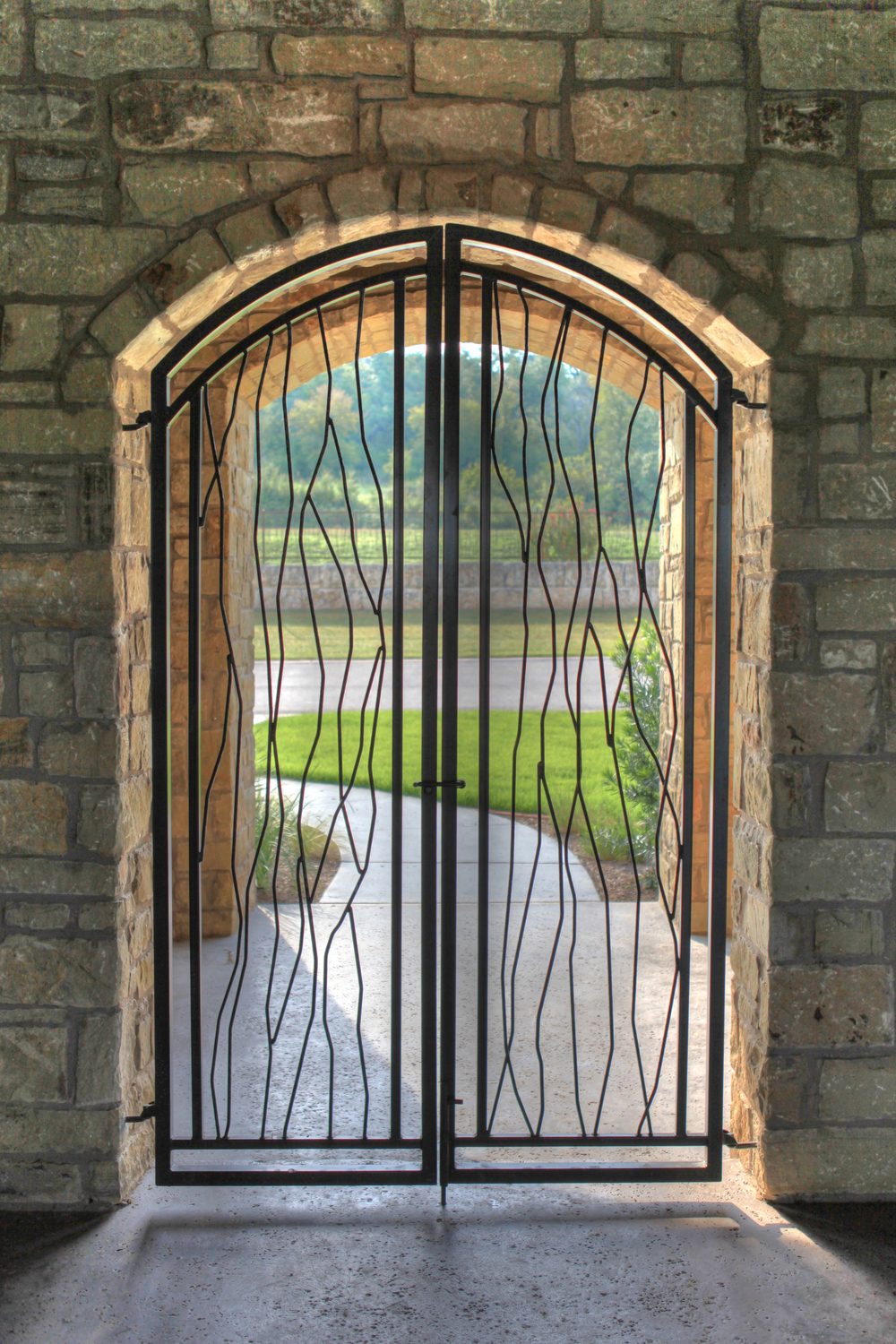 Waterside_Drive - GATE back.jpg