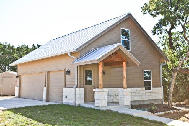 exterior - separate garage.jpg