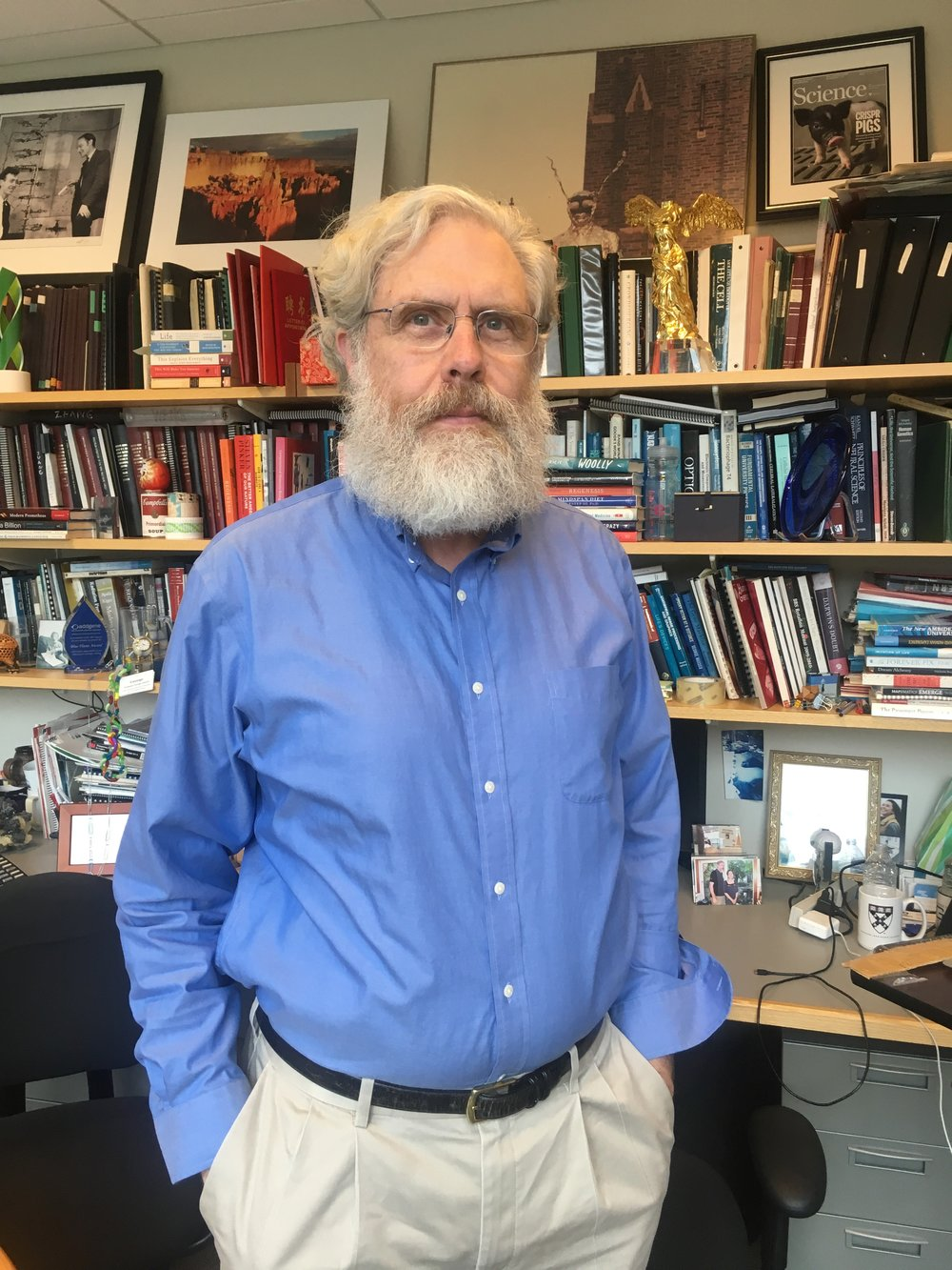 I was very lucky to have a chance to talk to one of the brightest minds of molecular biology, meaning George Church. He is a professor at Harvard Medical School and MiT. I visited him in his Boston office placed in HMS next to Wyss Institute, which he co-founded. -