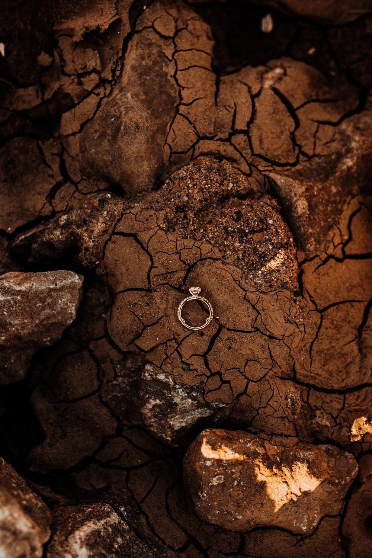louisville-engagement-photographer-crystal-ludwick-photo-tammy-and-caleb-engagement-photography (14 of 32).jpg