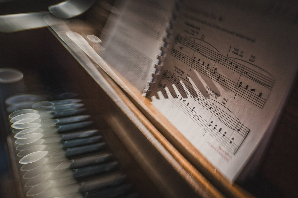 Lensbaby Piano (2 of 2).jpg