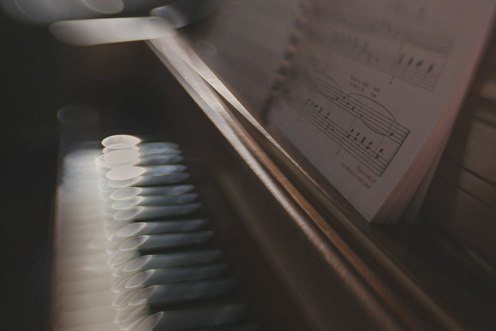 Lensbaby Piano (1 of 2).jpg