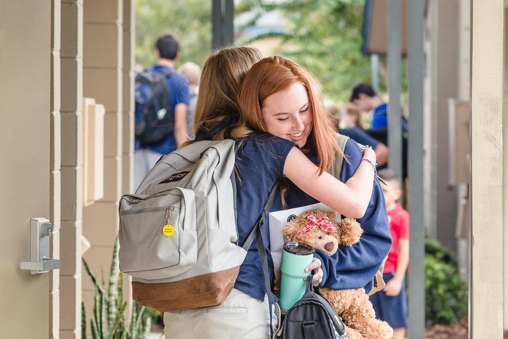 high-school-senior-girls-Orlando-photographer-portraits-friend.jpg