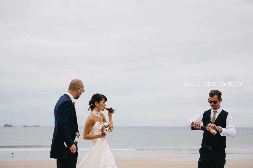 photographie-couple-maries-mer-005.jpg