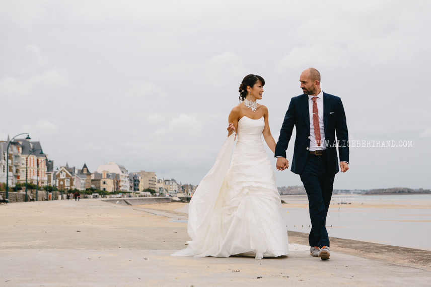 photographie-couple-maries-mer-017.jpg