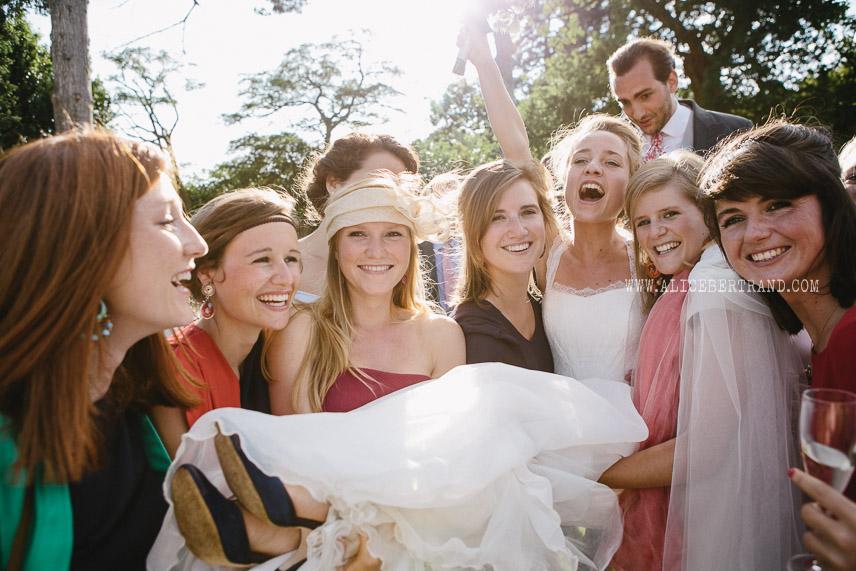 alice-bertrand-photographies-mariage-groupes-originales-041.jpg