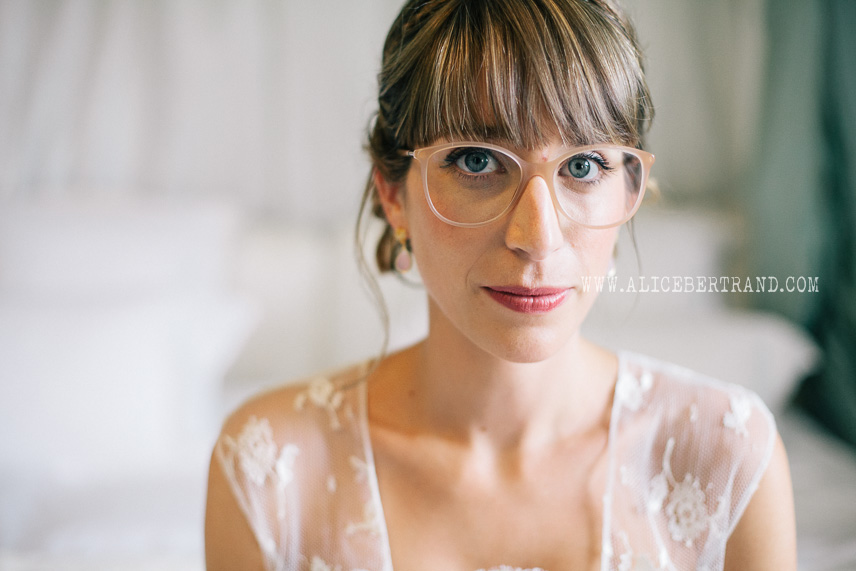 alice-bertrand-reportage-preparatifs-mariage-chateau-apigne-046.jpg