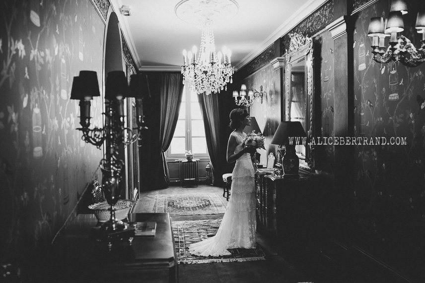 alice-bertrand-reportage-preparatifs-mariage-chateau-apigne-059.jpg