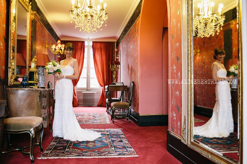 alice-bertrand-reportage-preparatifs-mariage-chateau-apigne-061.jpg