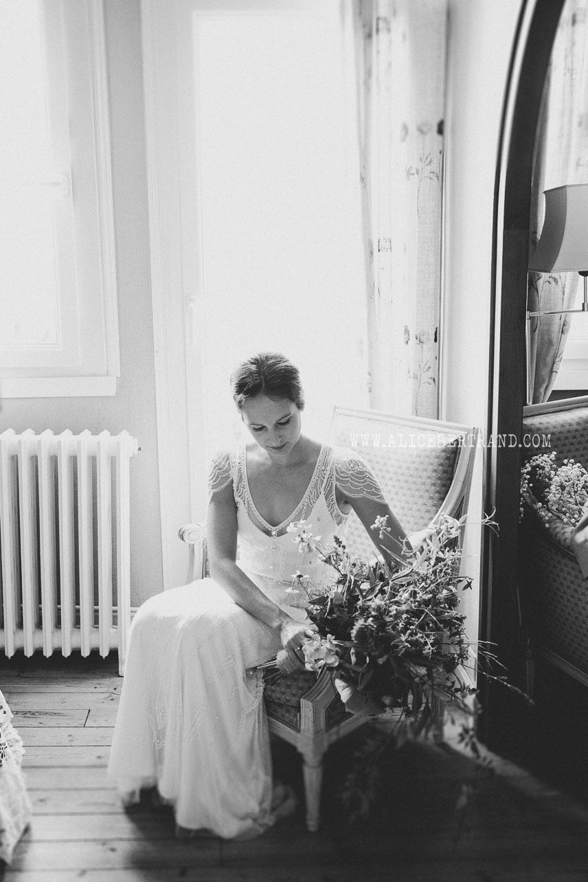 alice-bertrand-mariage-elegant-bretagne-16.jpg