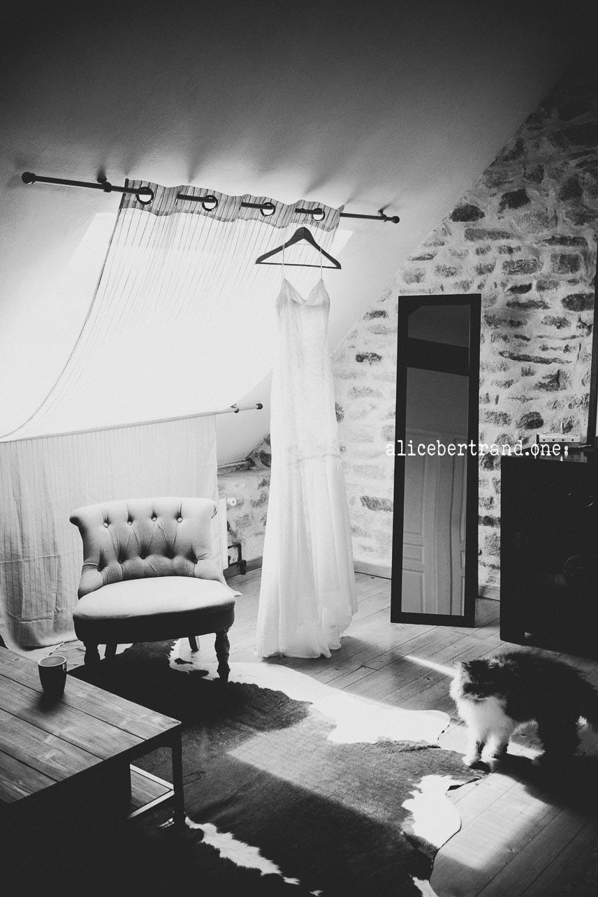 alice-bertrand-mariage-elegant-bretagne-12.jpg