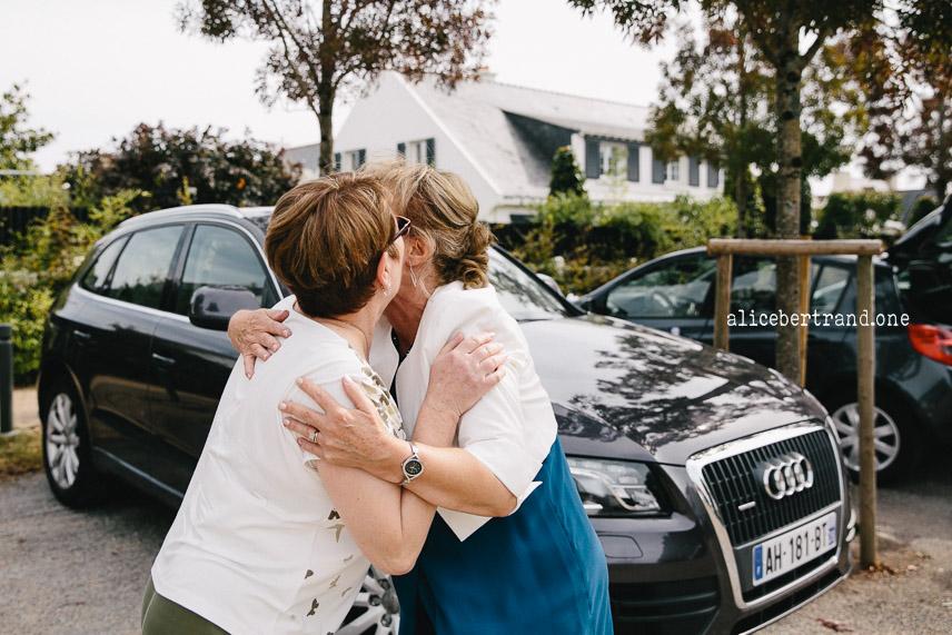 alice-bertrand-mariage-elegant-bretagne-34.jpg