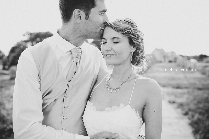 alice-bertrand-mariage-elegant-bretagne-45.jpg