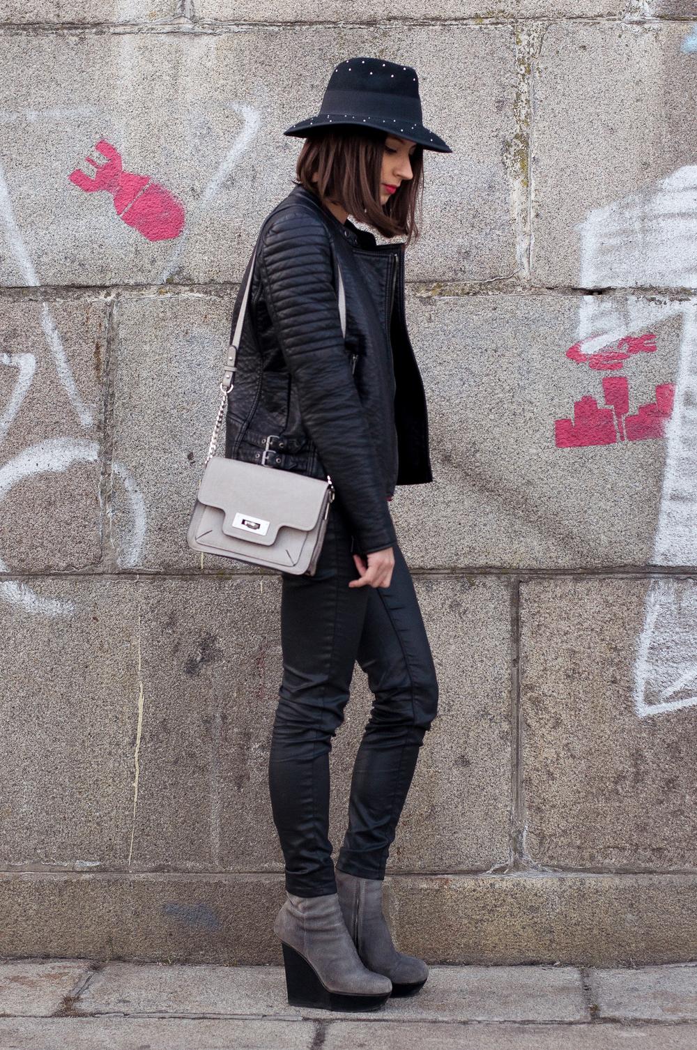 aytennovruzova-leather-outfit-3.jpg