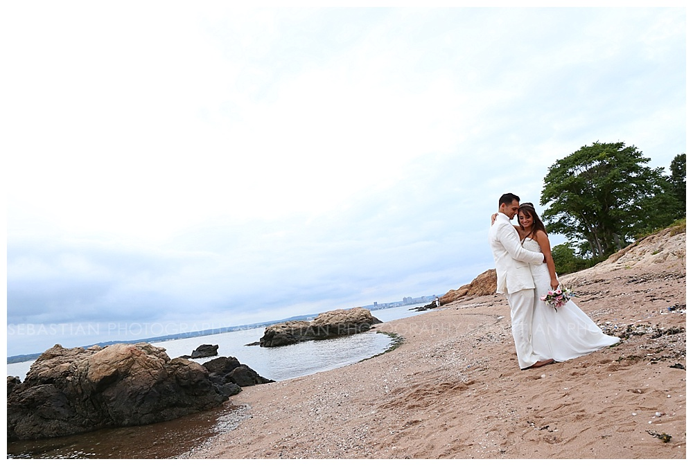 Sebastian_Photography_Beach_Wedding_LighthousePoint_13.jpg