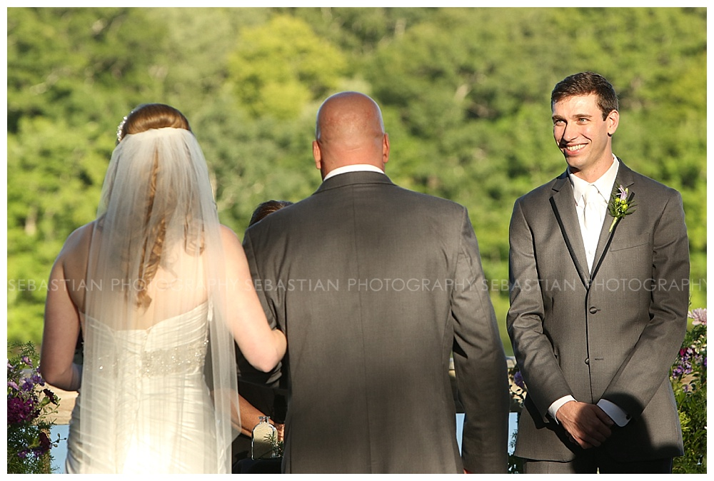Sebastian_Photography_Wedding_LakeofIsles_16.jpg
