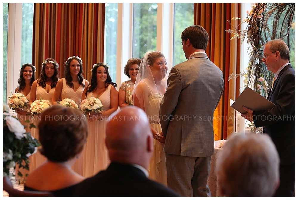 Sebastian_Photography_Wedding_LakeofIsles_CT_Bride11.jpg