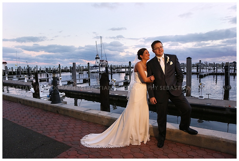 Sebastian_Photography_Wedding_SaybrookPointInn_Shore24.jpg