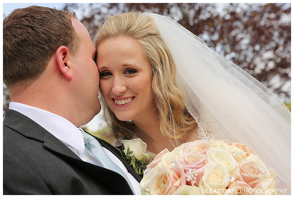 Sebastian_Photography_Lake_Of_Isles_NorthStonington_CT_Wedding_Pictures_19.jpg