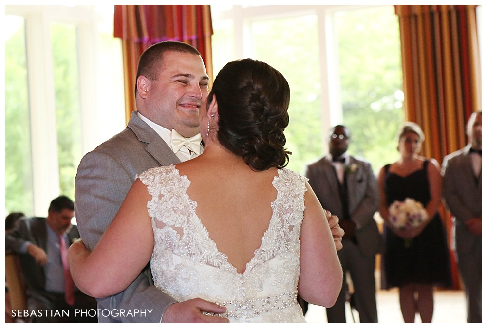 Sebastian_Photography_Studio_CT_Wedding_Lake_Of_Isles_Golf_Foxwoods_029.jpg