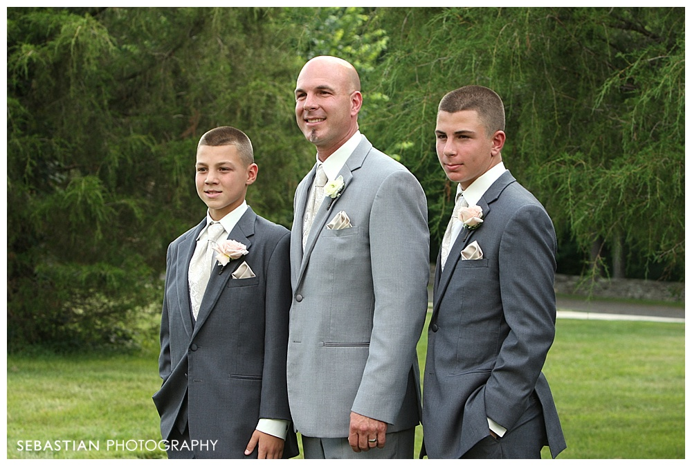 Sebastian_Photography_Studio_Wedding_CT_Wadsworth_Cream_Middletown_22.jpg