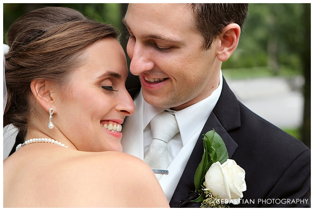 Sebastian_Photography_Studio_Wedding_Kohnle_LakeOfIsles_41.jpg