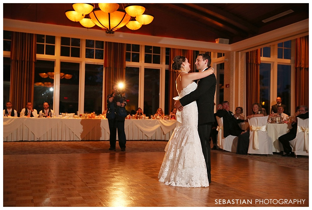 Sebastian_Photography_Studio_Wedding_Kohnle_LakeOfIsles_50.jpg