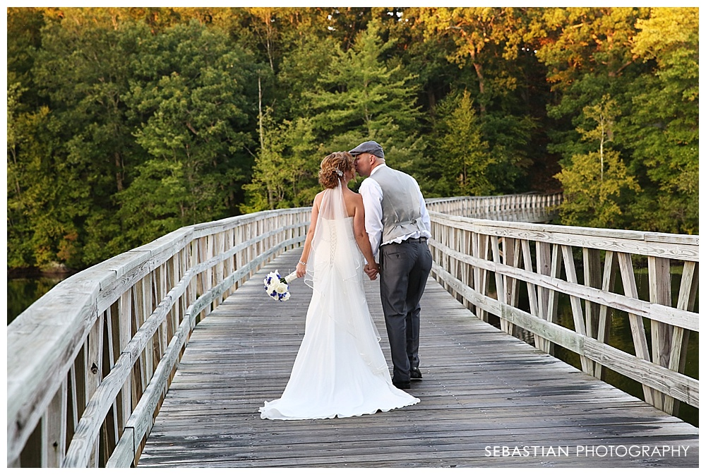 Sebastian_Photography_Studio_Wedding_Clontz_LakeOfIsles_16.jpg