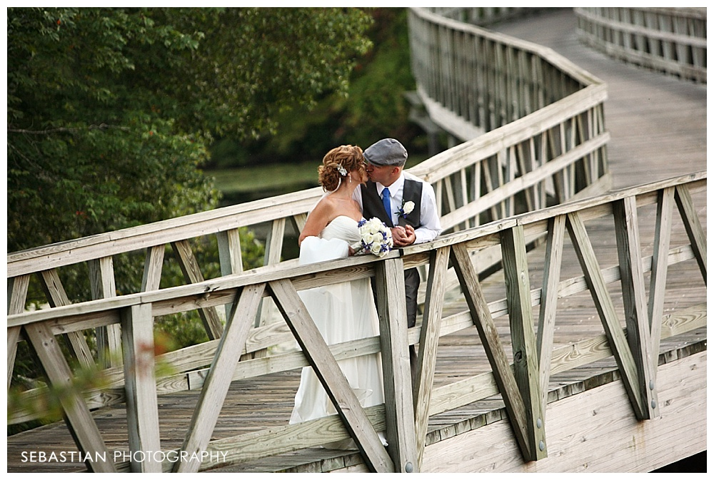 Sebastian_Photography_Studio_Wedding_Clontz_LakeOfIsles_18.jpg