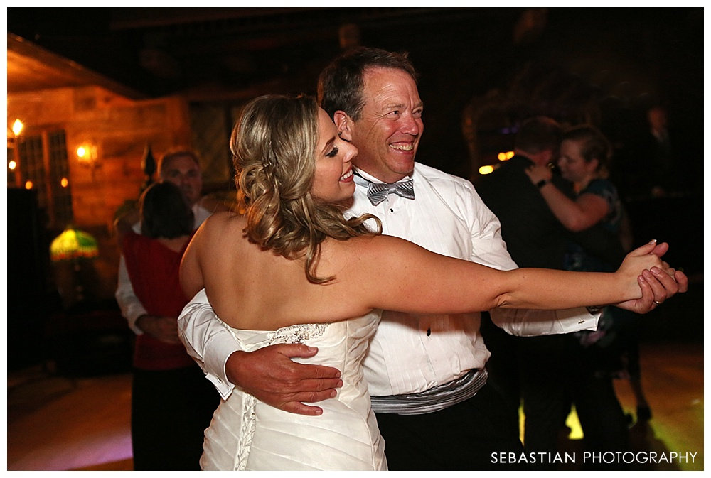 Sebastian_Photography_Studio_Wedding_Connecticut_Bride_Groom_Bill_Millers_Castle_Fall_Autumn_Leaves_Farrenkopf_060.jpg